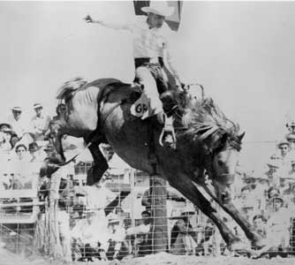 Gerald Roberts Rodeoin' in Strong City, Kansas
